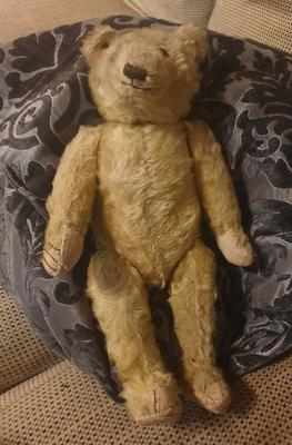 Early 40's teddy bear.