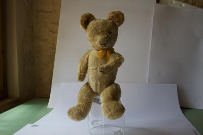 French Bear full body view