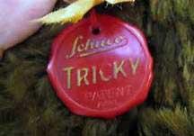 Tricky Schuco Label