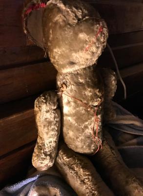 old tatty teddy bear