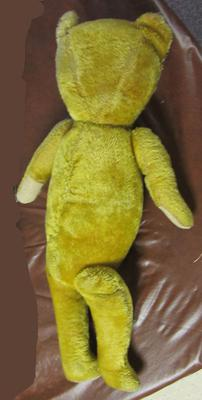 back view of thin teddy bear