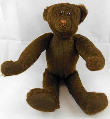 Vintage Nona Pebworth Teddy Bear.