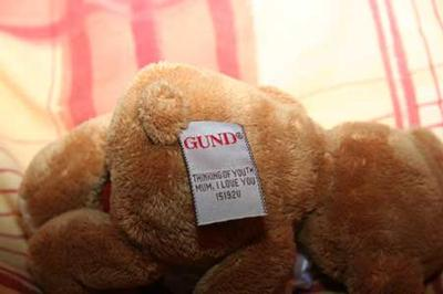 Gund Label for Number one Mum Bear
